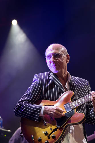 larry_carlton_20160526_8554.jpg